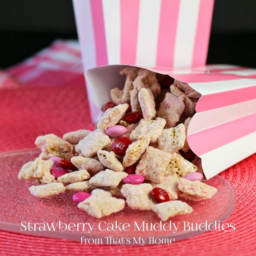 Strawberry Cake Muddy Buddies