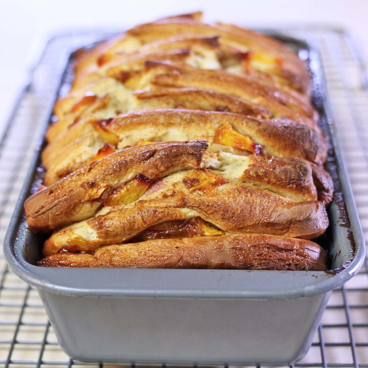 cinnamon-peach-pull-apart-bread-4