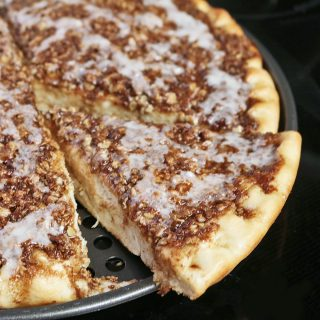 Cinnamon Roll Pizza