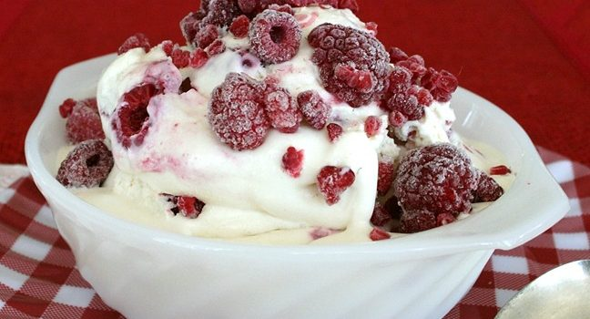 Raspberry Cream Cheese Ice Cream